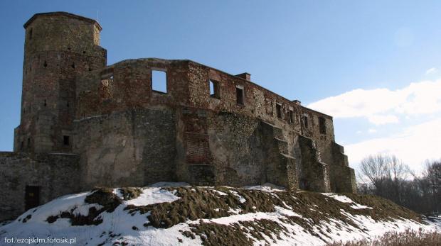 Zamek biskupi w Siewierzu #siewierz #lezajsktm #zamek #ruiny #zamekbiskupi #zima #krajobraz #widok