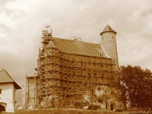 Zamek królewski Bobolice z XIV w. - Jura krakowsko-częstochowska #Bobolice #częstochowska #historia #jura #krajobraz #krakowsko #lezajsktm #Polska #ruiny #sepia #widok #zabytki #zamek #zamki