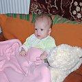 Szczecin 2009-04-12 Pierwsze Święta Wielkanocne. U pradziadka w Szczecinie. #Ludzie #Rodzina #Dzieci #Wnuczka