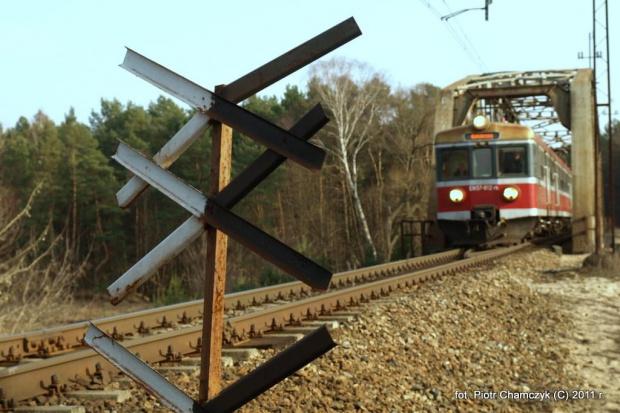 15.03.2011 okolice Piły. Impresja z EN57-812 #kolej #Piła #zima