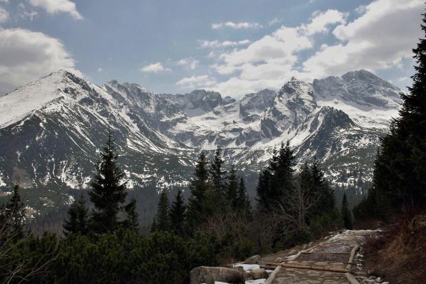 na upalne dni zdjęcia z 22 kwietnia 2011- oczywiście Tatry :) #Tatry #góry