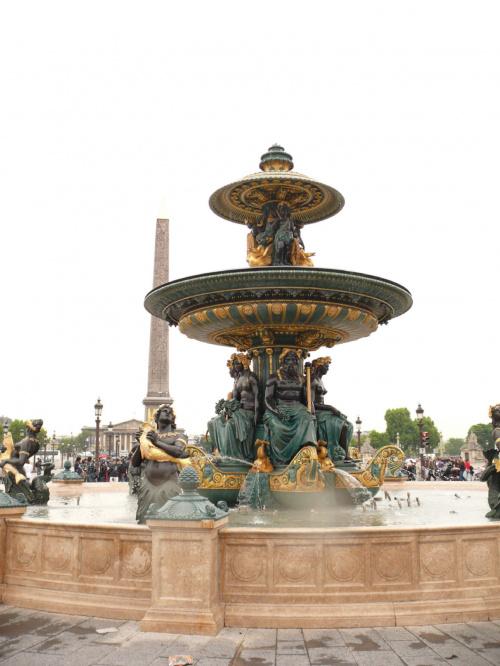 Place de la Concorde - fontanny wzorowane na tych z placu Św. Piotra #Paryż