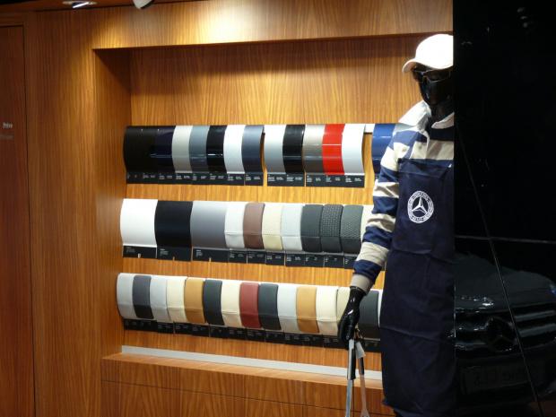 Do wyboru, do koloru - w salonie Mercedesa #Paryż