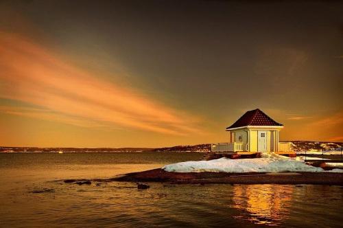 Fornebu - Oslo - Norge #Fornebu #vinteren #Oslo #solopgang #sea #zima #zachód