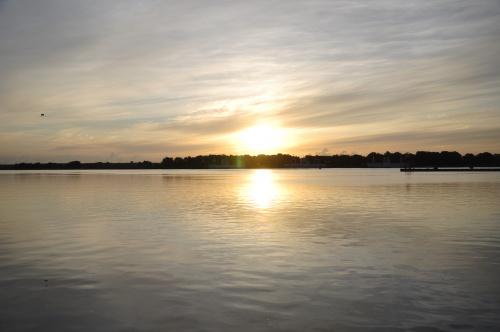 Wschód słońca. #świnoujście #prom #wakacje #rzeka #woda #WschódSłońca