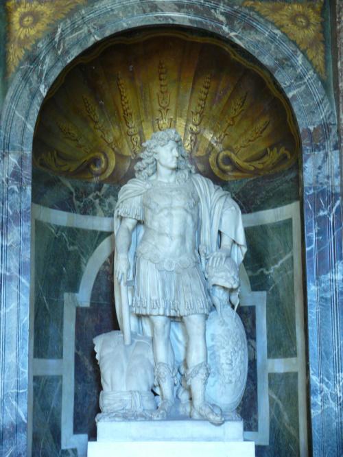 Salon Wenus - posąg Ludwika XIV #Paryż