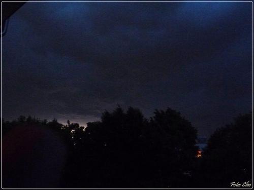 A wieczorem rozpetala sie burza z piorunami...:)))