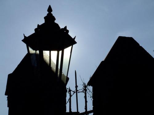 Pod światło #miasto #architektura #światło