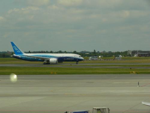 Boeing 787 Dreamliner - średniego rozmiaru samolot pasażerski. #Andaluzja
