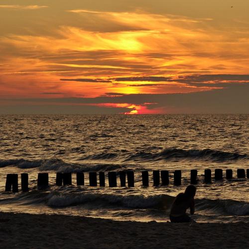 #morze #Bałtyk #plaża #ZachódSłońca #niebo