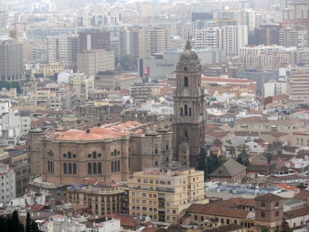 Malaga - widok na Katedrę , która nie ma jednej wieży #Andaluzja
