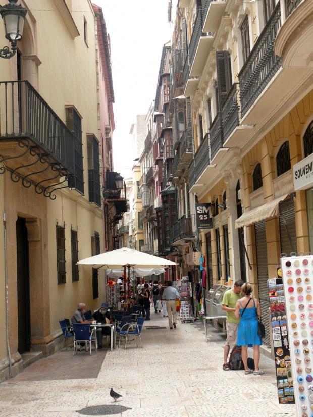 Malaga - uliczka Starego Miasta #Andaluzja