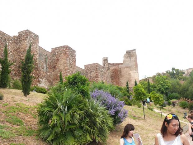 Alcazaba - stanowiła część systemu obronnego arabskiej Malaki #Andaluzja