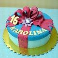 Tort prezent dla 16 -letniej Karoliny #prezent #tort #pudełko