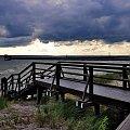 Tarasy widokowe chroniące wydmy nad brzegiem Morza Bałtyckiego w mieście Hel! #Hel