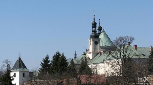 Klasztor oo. Bernardynów w Leżajsku #lezajsk #leżajsk #miasto #lezajsktm #krajobraz #zabytki #historia #klasztor #bernardyni