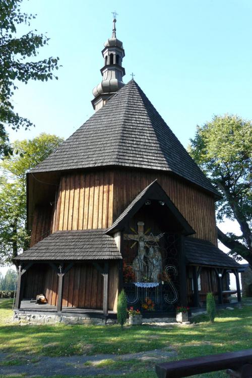 Rdzawka - kościół pw. Świętego Krzyża #Rdzawka #PiątkowaGóra #KościółDrewniany #SzlakArchitekturyDrewnianej