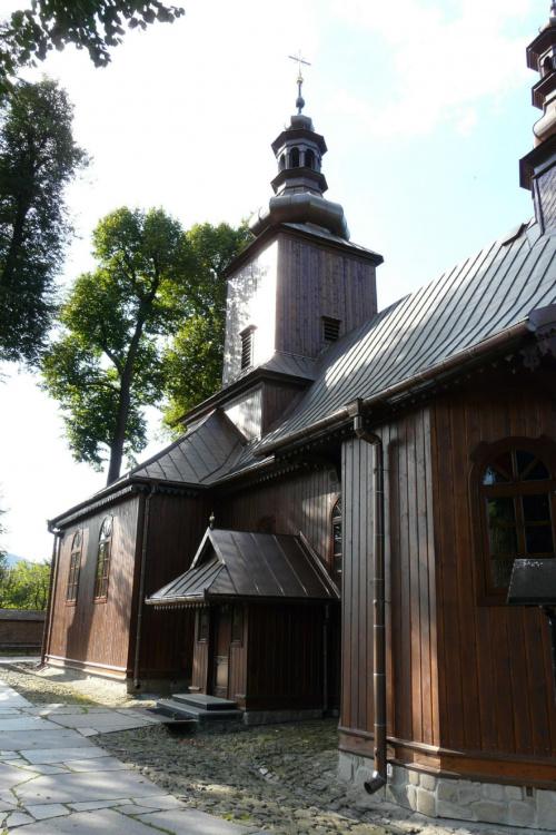 Ochotnica Dolna - kościół pw. Znalezienia Świętego Krzyża #OchotnicaDolna #KościółDrewniany #SzlakArchitekturyDrewnianej