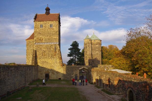 znowu coś z szuflady: zamek Stolpen; tu hrabina Cosel, jako więzień, spędziła 49 lat, tu zmarła i tu została pochowana #Niemcy #Stolpen #zamek