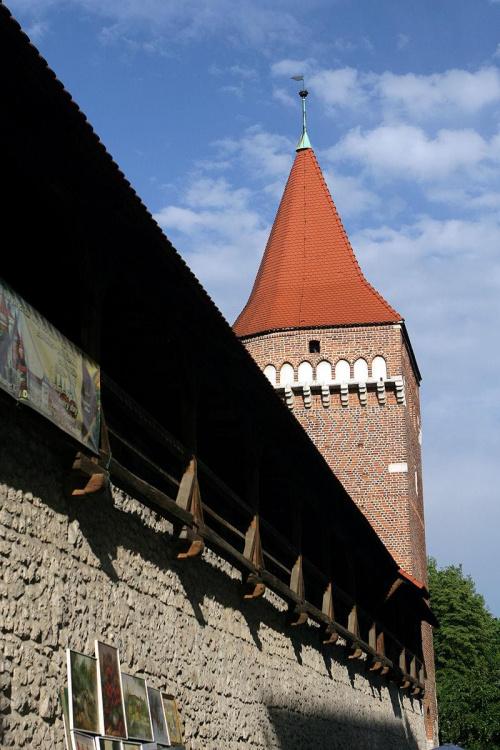 wieża stoi ;)