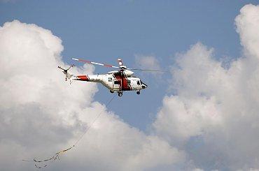 Śmigłowce w trakcie akcji ratunkowej w Sandomierzu