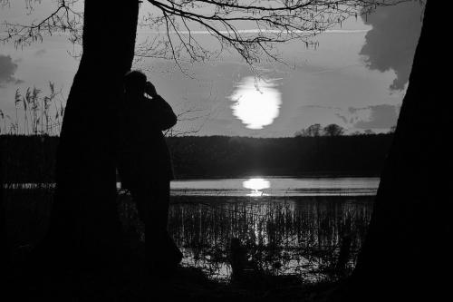 raz kiedyś wersja czarno- biała :) #jezioro #ZachódSłońca