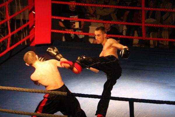 www.elstarkteam.pl - szkolimy i promujemy najlepszych !!! Janusz Stark i Rafał Karcz - ELSTARKPROMOTION !!! #JanuszStark #kickboxing #wejherowo