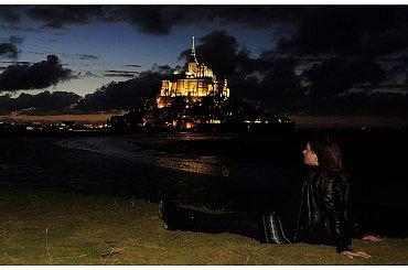 Mont Saint Michel po zachodzie slonca. Normandia 2010