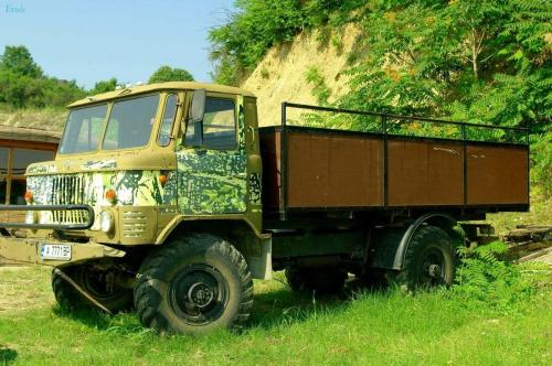 Coś dla miłośników motoryzacji :) #ciężarówki #samochody
