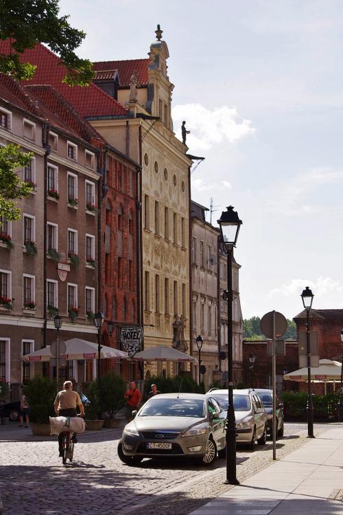 uliczka w Toruniu- krótka, ale piękna :) #Toruń