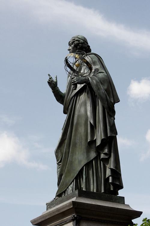 ... #pomnik #Kopernik