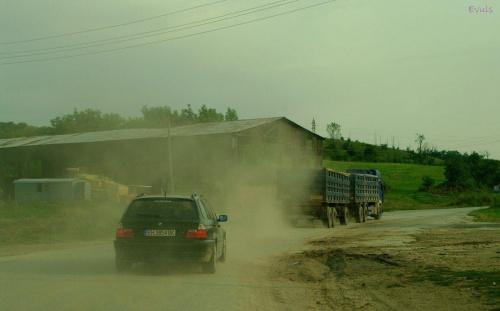 Droga krajowa w Bułgarii :) Czy ktoś ma jeszcze zastrzeżenia do stanu naszych dróg :) #Bułgaria #droga #ulica #podróż