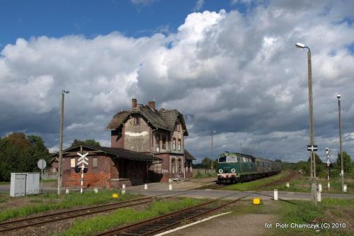 Siedlisko Czarnkowskie i SU45-147 w dniu 19.09.2010 #kolej #SU45 #Piła #Ujście #pociąg