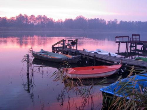 Wschód słońca nad Odrą. Życzę wszystkim miłego, słonecznego weekendu !