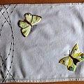 serweta wykonana haftem płaskim #HaftPłaski #serweta #motyle