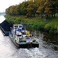 barka na Kanale Gliwickim ... #barka #śluza #KanałGliwicki #Kłodnica #jesień