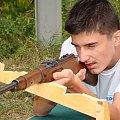 Po krótkim przeszkoleniu klasa wojskowa przystąpiła do strzelania.... Najlepszy wynik....- poszukajcie- sami się zdziwicie ;-) #Sobieszyn #Brzozowa #KlasaWojskowa #Strzelanie
